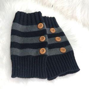 Striped gray fingerless mittens